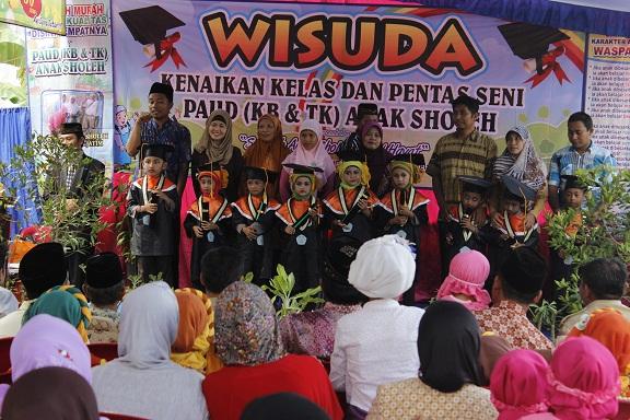 Wisuda Sekolah Anak Sholeh NH Malang
