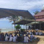 Jumat Perdana Masjid Kalimatulloh Pantai Balekambang