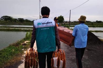 Berbagi Manfaat Kebaikan untuk TPQ Pelosok Desa Lamongan