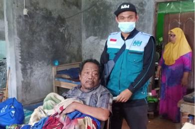 NH Zakat Kita Bantu Lansia Terlantar