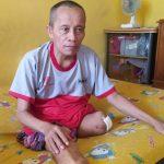 Kehilangan Dua Kakinya, Nurul Hayat Belikan Kaki Palsu untuk Pak Munif