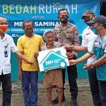 Khidmat Awal 2021, Nurul Hayat Bojonegoro Resmikan Bedah Rumah Mbah Saminah
