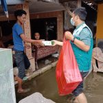 Nasi Berkah Untuk Penyintas Banjir Kedungbanteng
