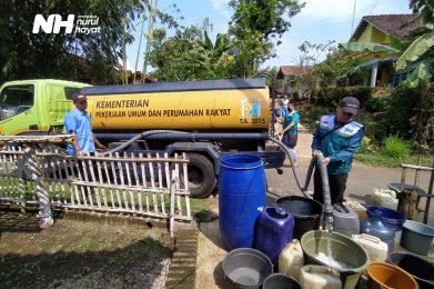 Pipa Air Rusak Akibat Tanah Longsor, NH Zakatkita Bantu Air Bersih Warga Tulungagung